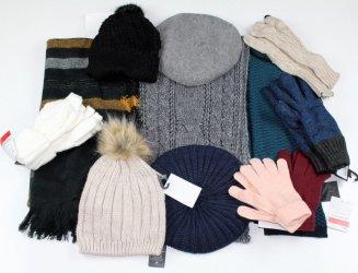 Варежки, перчатки, шапки, шарфы,палантины